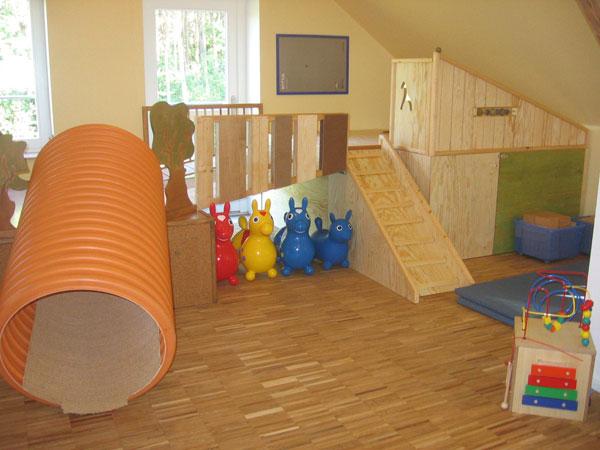 kindergarten und kita m bel einrichtung spielebenen und spielger te holzwerkstatt bleckede. Black Bedroom Furniture Sets. Home Design Ideas